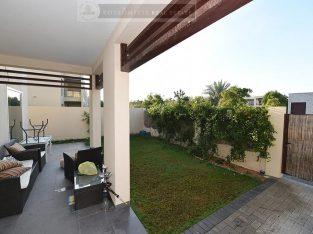 Family Villa in Excellent Condition in Mina Al Arab