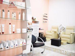 صالون نسائي للبيع في البرشاء موقع متميز Ladies Salon in Al Barsha